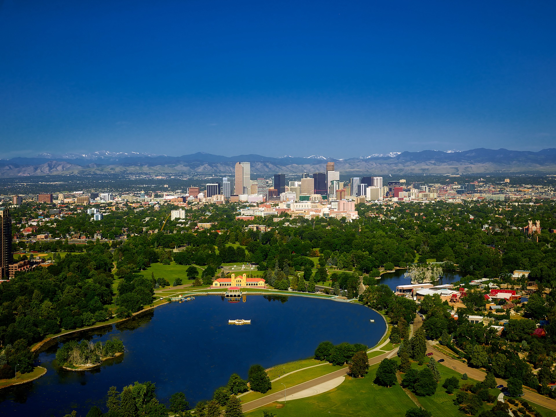 Centennial Tinting in Denver